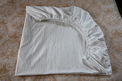 Fold Fitted Sheet 05