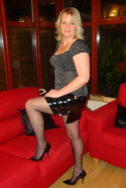 Attractive Mature Womeninclnice Legs - A Gallery On Flickr-7315
