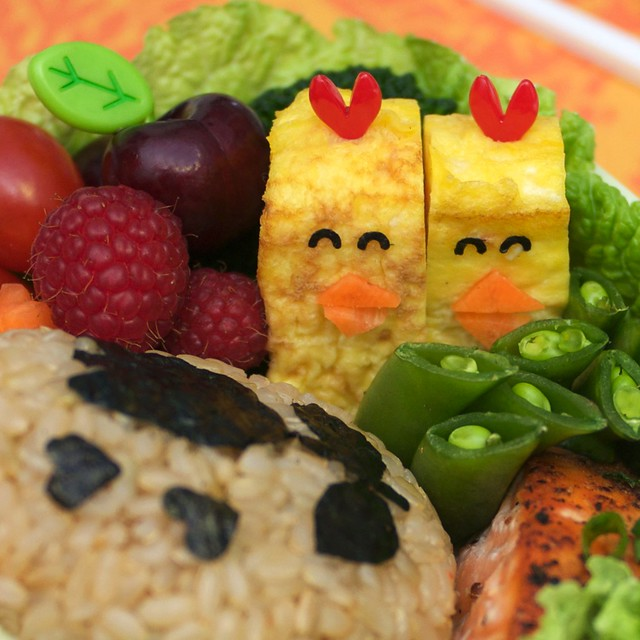 tamagoyaki chicks bento - detail