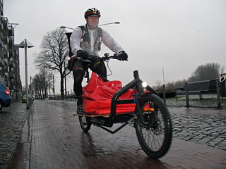 Bike messenger Vincent in the rain