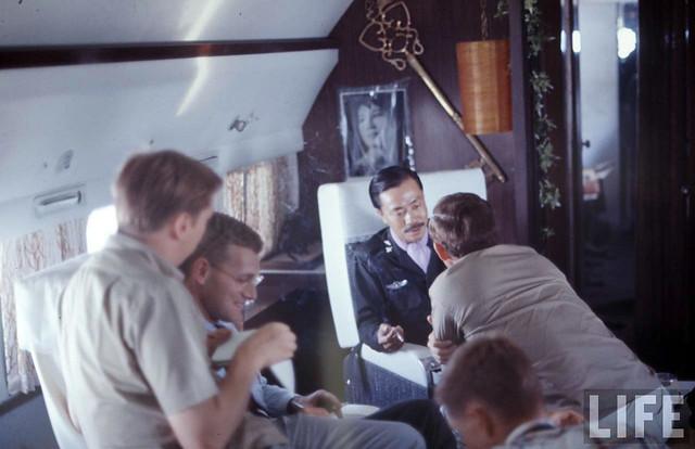 PM Nguyen Cao Ky in Da Nang 1967 (3)