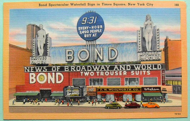 1940s TIMES SQUARE woolworth BOND CLOTHING FOUNTAIN LINEN vintage postcard NYC new york city