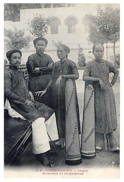 Indochine Cochinchine - Saigon Musiciens