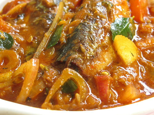 Nasi lemak lover canned sardine fish curry for Canned fish recipes