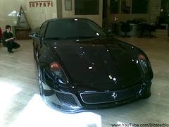race car(1.0), automobile(1.0), automotive exterior(1.0), ferrari 599 gtb fiorano(1.0), wheel(1.0), vehicle(1.0), performance car(1.0), automotive design(1.0), ferrari 612 scaglietti(1.0), bumper(1.0), ferrari s.p.a.(1.0), land vehicle(1.0), luxury vehicle(1.0), supercar(1.0), sports car(1.0),