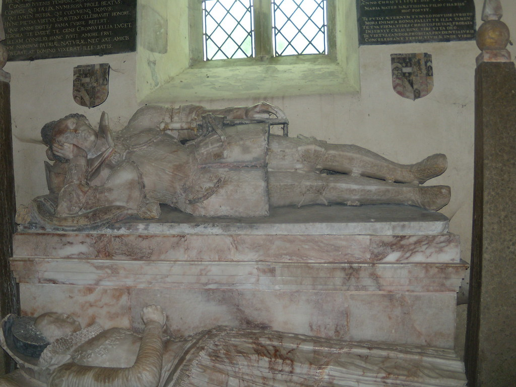 Mr & Mrs Having a lie in.... Little Wittenham Church, Appleford Circular