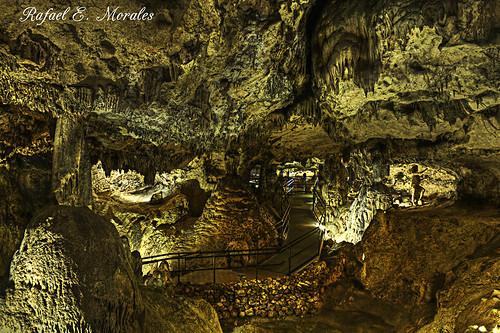 Cuevas de las Ventanas, Piñar (Granada)