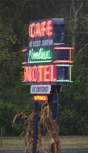 sign cafe neon tn nashville tennessee motel loveless lovelesscafe