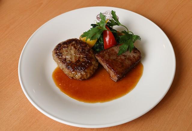 シルバニア森のキッチン レイクタウンアウトレット ステーキ