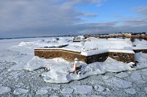 Suomenlinna fortress island in ice