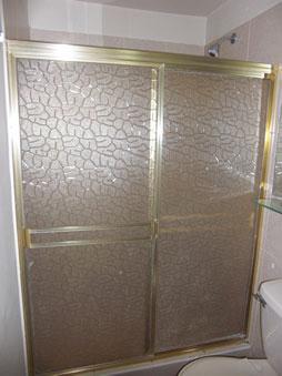Moda ente tendente algo m s que una cortina de ba o - Mamparas acrilicas para ducha ...