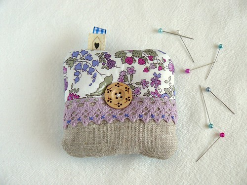 nancy ann square pincushion