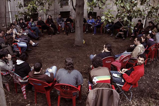 Domingo de curro en La Tabacalera de Lavapiés (28/03/2010)
