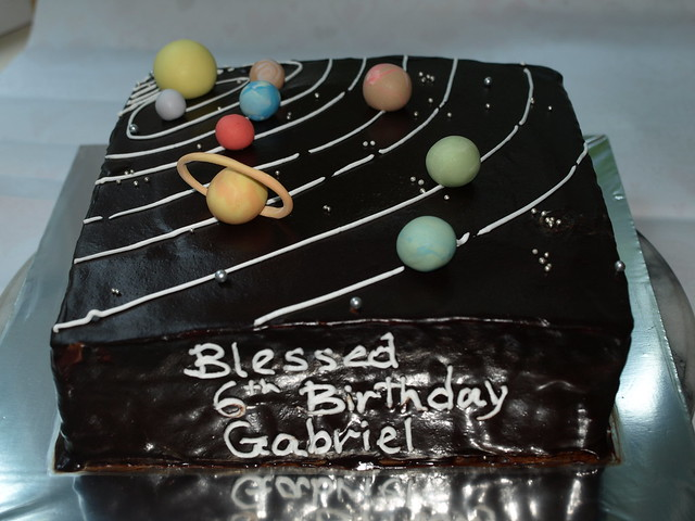 solar system cake | Flickr - Photo Sharing!