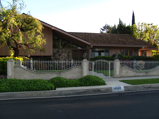 Brady Bunch House A Gallery On Flickr