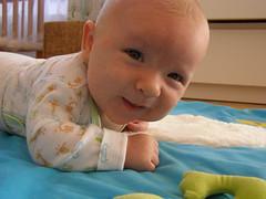 child, infant, crawling, skin, person, boy, toddler, organ,