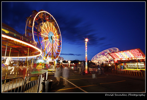 longexposure sky copyright horse canada motion blur photoshop neon novascotia dusk fair adobe ferriswheel rides dartmouth allrightsreserved nightphotograpghy cs5 davidsaunders canon40d mg0894 davethehaligonian anightatthefair