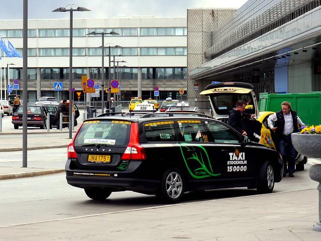 Volvo V Airport Lease Car Companies Near To Northampton