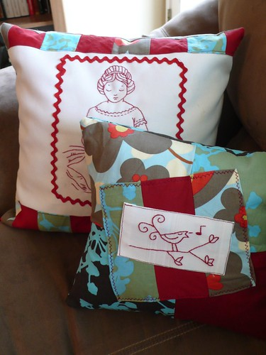 Little Songbird pillow