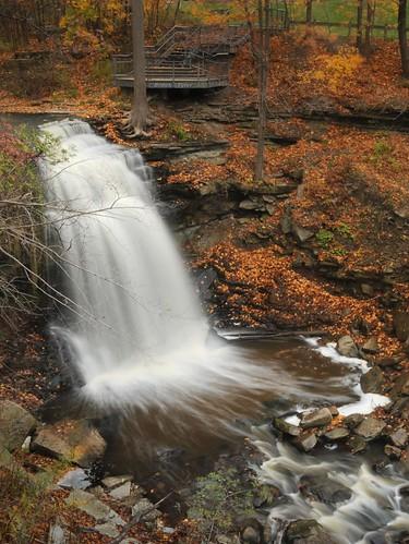 creek waterfall stream greatfalls falls brook waterdown hfg niagaraescarpment brucetrail grindstonefalls grindstonecreek hamiltonwaterfalls