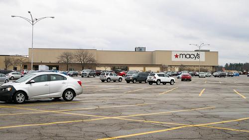 america us usa monaca beavervalleymall beavervalley mall pennsylvania pa retail stores 2017 macys liquidation storeclosing former reuse gimbels kaufmanns departmentstore