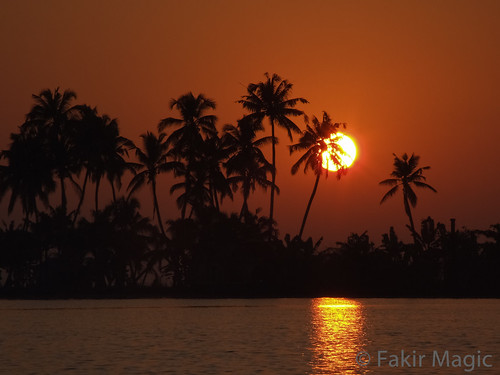 nature sunrise landscape kerala ohhh godsowncountry vembanadlake topseven fujifilmfinepixs9600