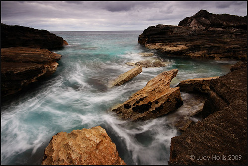 ocean morning winter sea water island dawn coast rocky stormy atlantic shore coastline bermuda wavesstorm