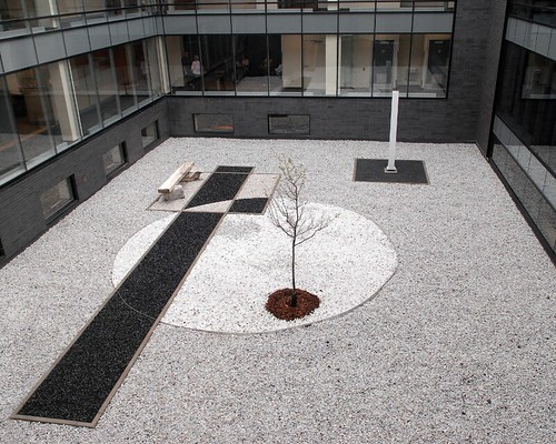 H tel de ville de longueuil jardin zen flickr photo sharing - Zen de passage ...