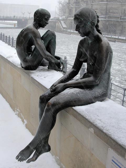 Nackt im Schnee