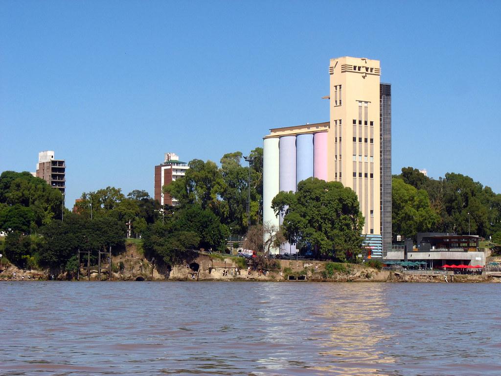 MACRO desde el Rio Parana