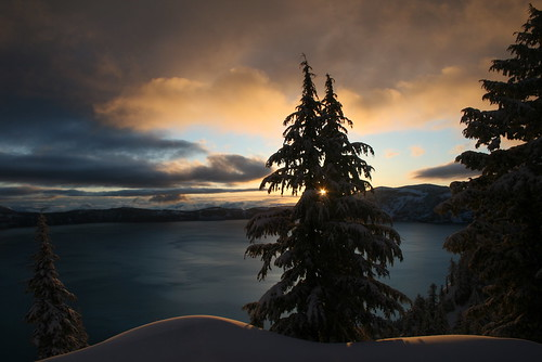 park morning trees lake snow tree clouds oregon sunrise landscape dawn early scenery scenic national crater craterlake craterlakelodge takenthroughaveryverycleanwindow