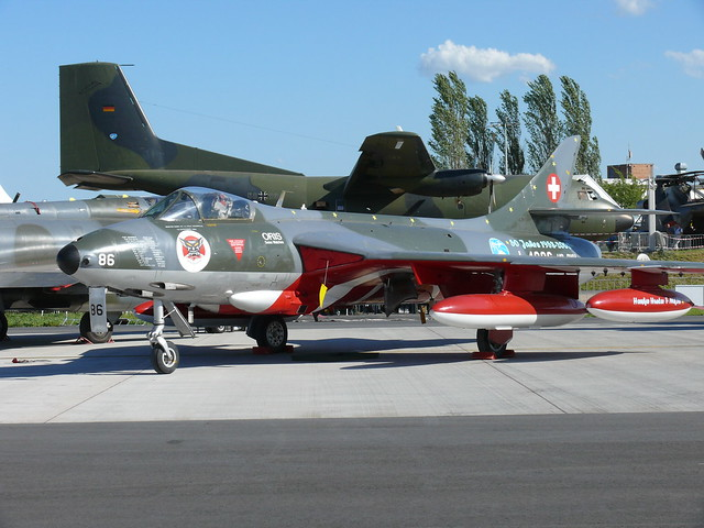Hawker Hunter T.7