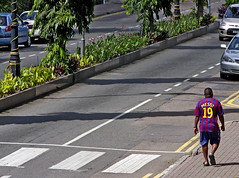 Un improvable Messi a les Seychelles / Maybe he's not the real one