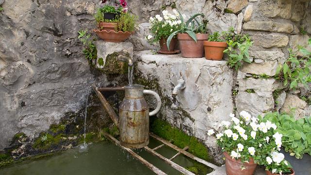 Brunnen in Brantes, Sony SLT-A55V, Tamron SP AF 17-50mm F2.8 XR Di II LD Aspherical [IF]