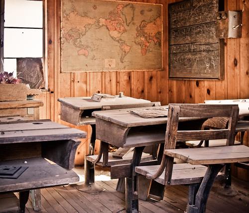 arizona dusty museum jerome ghosttown schoolhouse worldmap miningtown oneroomschoolhouse readin goldkingmine writin rithmatic canonxsi