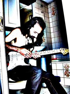 Practicando guitarra!!