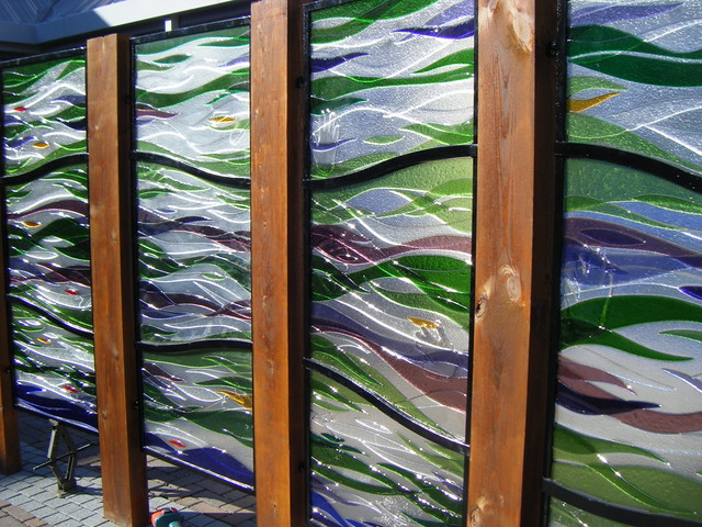 fused glass panels courtyard scotland rdw glass