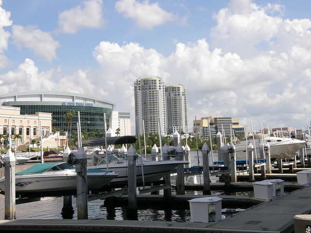 Tampa FL by CC user 41389084@N02 on Flickr
