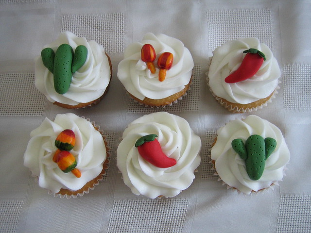 Mexican Themed Wedding Cupcakes Fondant chili peppers cactus and mariachis