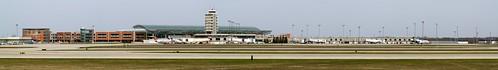 airport michigan aviation grr viewingarea geraldrfordinternationalairport cascadetownship