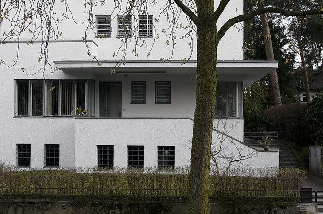 Peter behrens zehlendorf a big surprise close to the for Behrens house