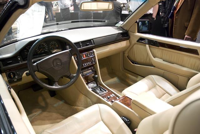 mercedes w124 cabrio techno classica essen 2010. Black Bedroom Furniture Sets. Home Design Ideas