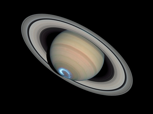 Photo:Saturn Aurora — January 28, 2004 By:wstera2