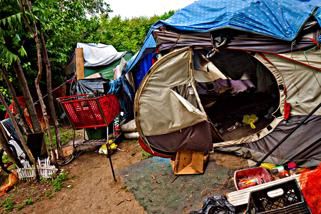 Beasto's-tent--Camden-2