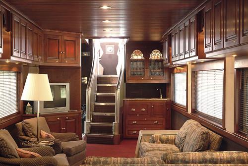 small cabin interior photos joy studio design gallery best design. Black Bedroom Furniture Sets. Home Design Ideas
