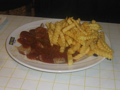 meal, breakfast, junk food, fried food, currywurst, canadian cuisine, french fries, food, dish, cuisine, fast food,