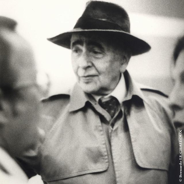 """1981 Louis ARAGON présente """"La messe d'Elsa"""" à Lyon"""
