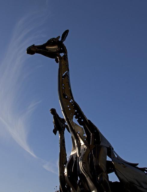 Giraffe sculpture 2 | Flickr - Photo Sharing!