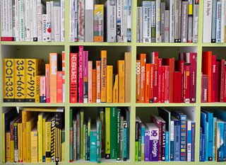 The Colorful Library of an Interaction Designer (Juhan Sonin) / 20100423.7D.05887.P1 / SML | by See-ming Lee (SML)