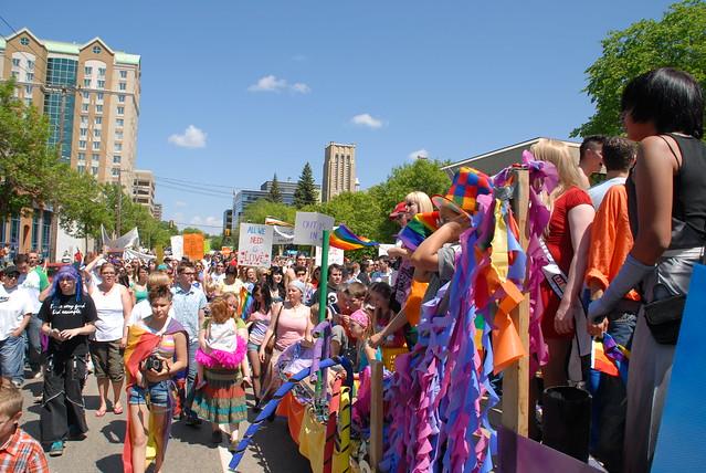 4695713644 c7d3e0ba28 z Large Crowd for Saskatoon Gay Pride Parade DSC 0160 | Flickr   Photo Sharing ...